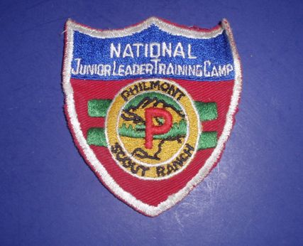 Older version of National Junior Leader Training Course emblem